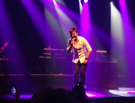Mustafa Ceceli 01 Burda AVM'de unutulmaz bir konser verdi